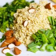 Mandulás quinoa petrezselyemmel